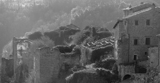 L'antico-borgo-di-Bassano-in-Teverina
